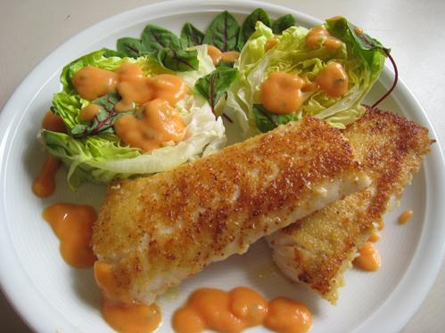 Kingklip an Kopfsalat und Sauerampfer mit Papayasauce