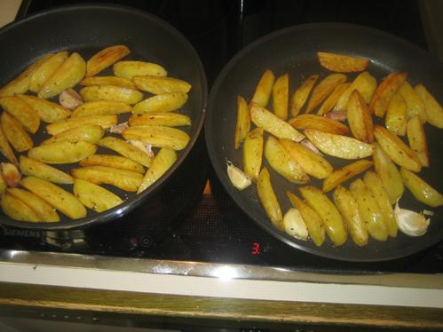 Kümmelkartoffeln aus der Pfanne