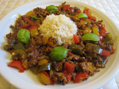 Mett-Paprika-Pfanne mit Reis