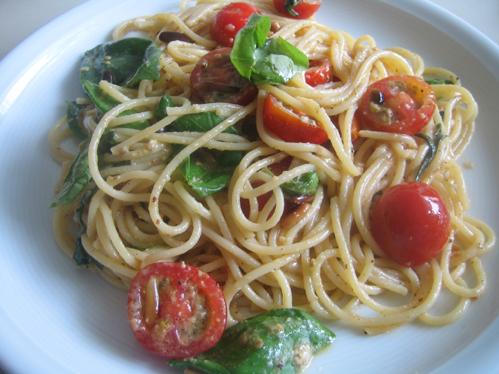 Cherrytomaten mit Pasta, ein leckeres Sommergericht