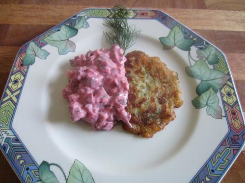Matjessalat auf Krautküchlein