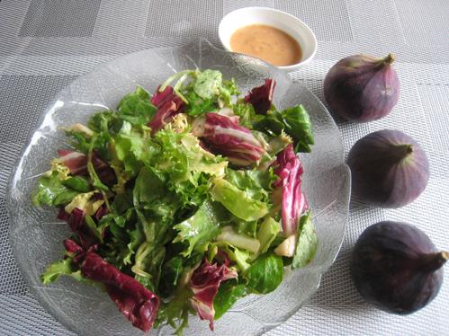 Fruchtiges herbstliches Feigendressing
