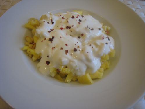 Obst-Joghurt-Kaltschale