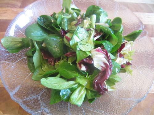Gemischter Salat mit Balsamicodressing