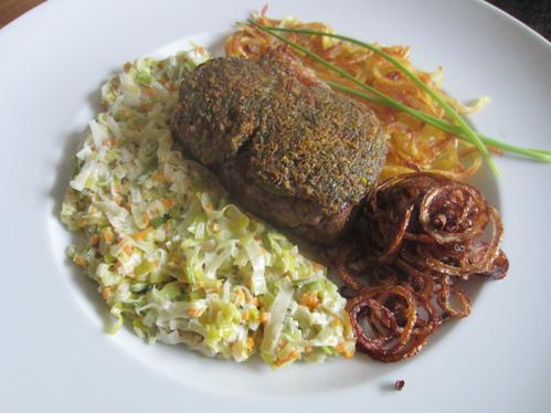 Gratiniertes Rumpsteak mit Lauch und Kartoffelspagetti