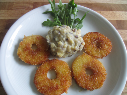 Apfelschnitzel mit Kartoffel-Zwiebel-Püree